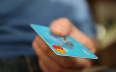The Benefits and Risks of Providing Customers Credit